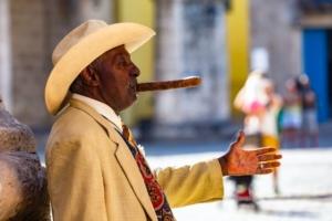 cigar smoking tips